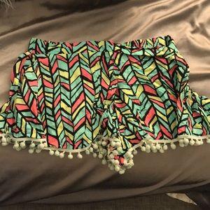 En Creme Aztec Flowy Shorts